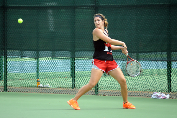 Huntingdon women's tennis stumbles against Meredith
