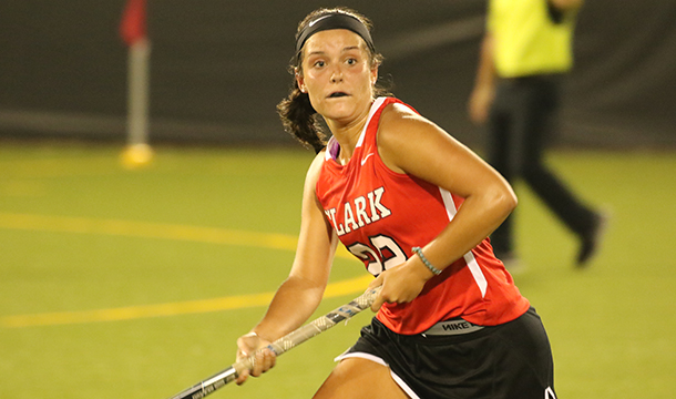Field Hockey Falls On The Road To UMass Dartmouth