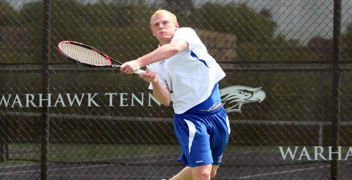 Men's Tennis drops second straight in South Carolina