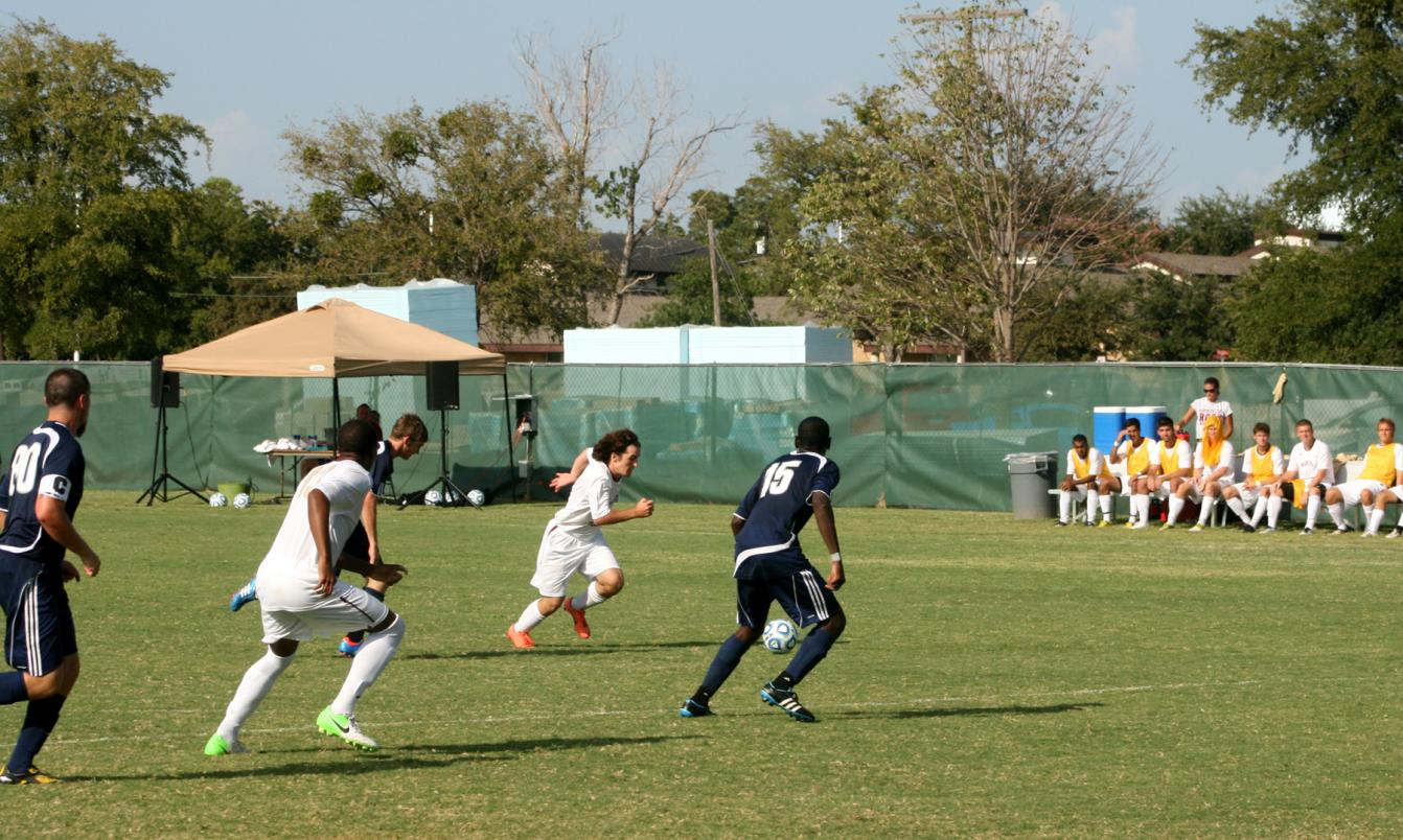 'Roo Men's Soccer Drops Heartbreaker to Trinity in Double OT