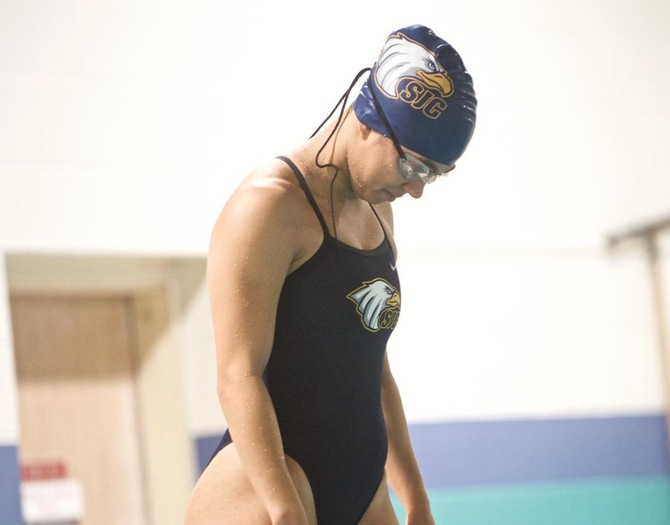 Hunter Outpaces Women's Swimming on Tuesday