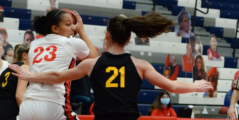 SVSU rally falls short in 63-52 loss to Michigan Tech