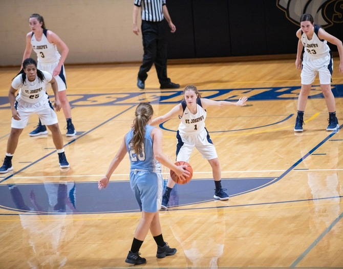 Women's Basketball Falls to Mt. St. Mary