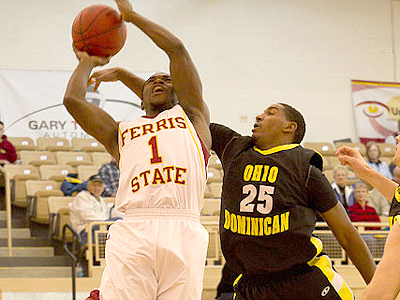 Ferris State's Dontae Molden competes in Saturday's game (Photo by Scott Whitney)