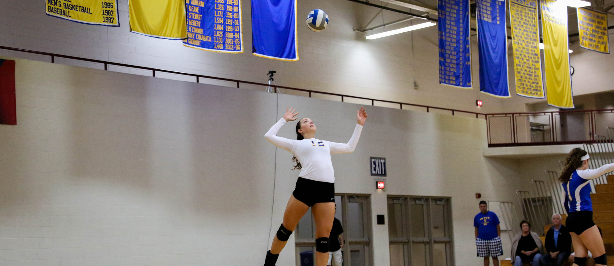 Golden Bears Fall in Home Opener to Connecticut College, 3-0