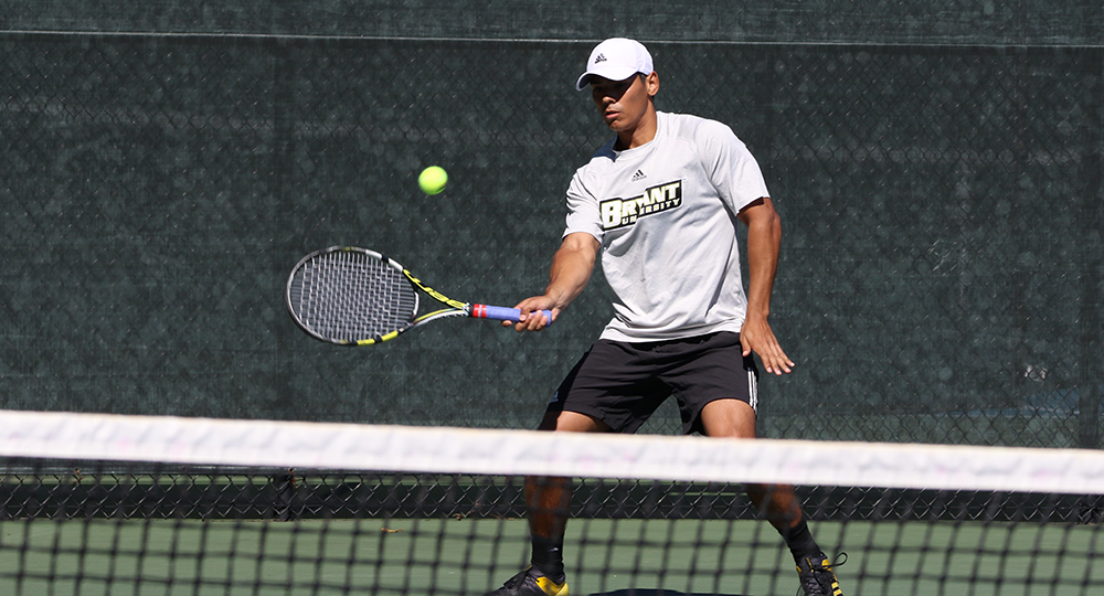Men's tennis to play for fifth-straight title on Sunday morning