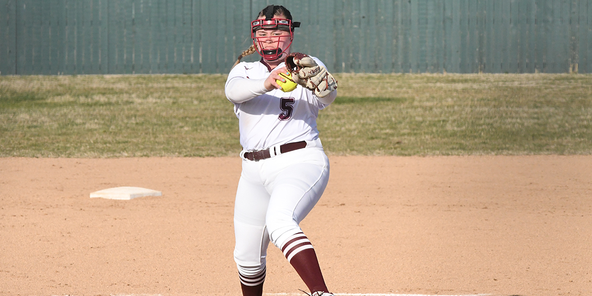 Evangel Softball Battles to Earn Split vs Oklahoma Wesleyan