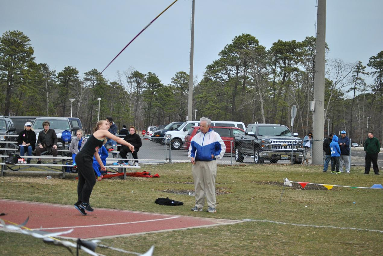 YANNETTE NAMED CACC ROOKIE FIELD ATHLETE OF THE WEEK