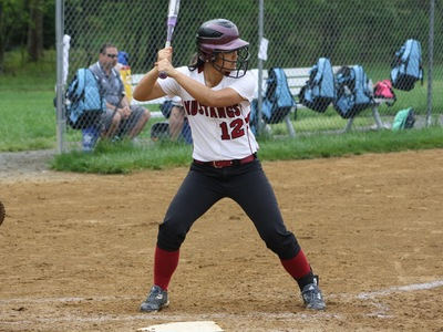 Softball: Middlesex CC Captures Lead Early To Defeat Mustangs
