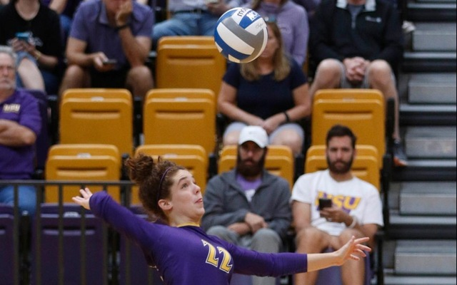Cowgirls Sweep Sul Ross State