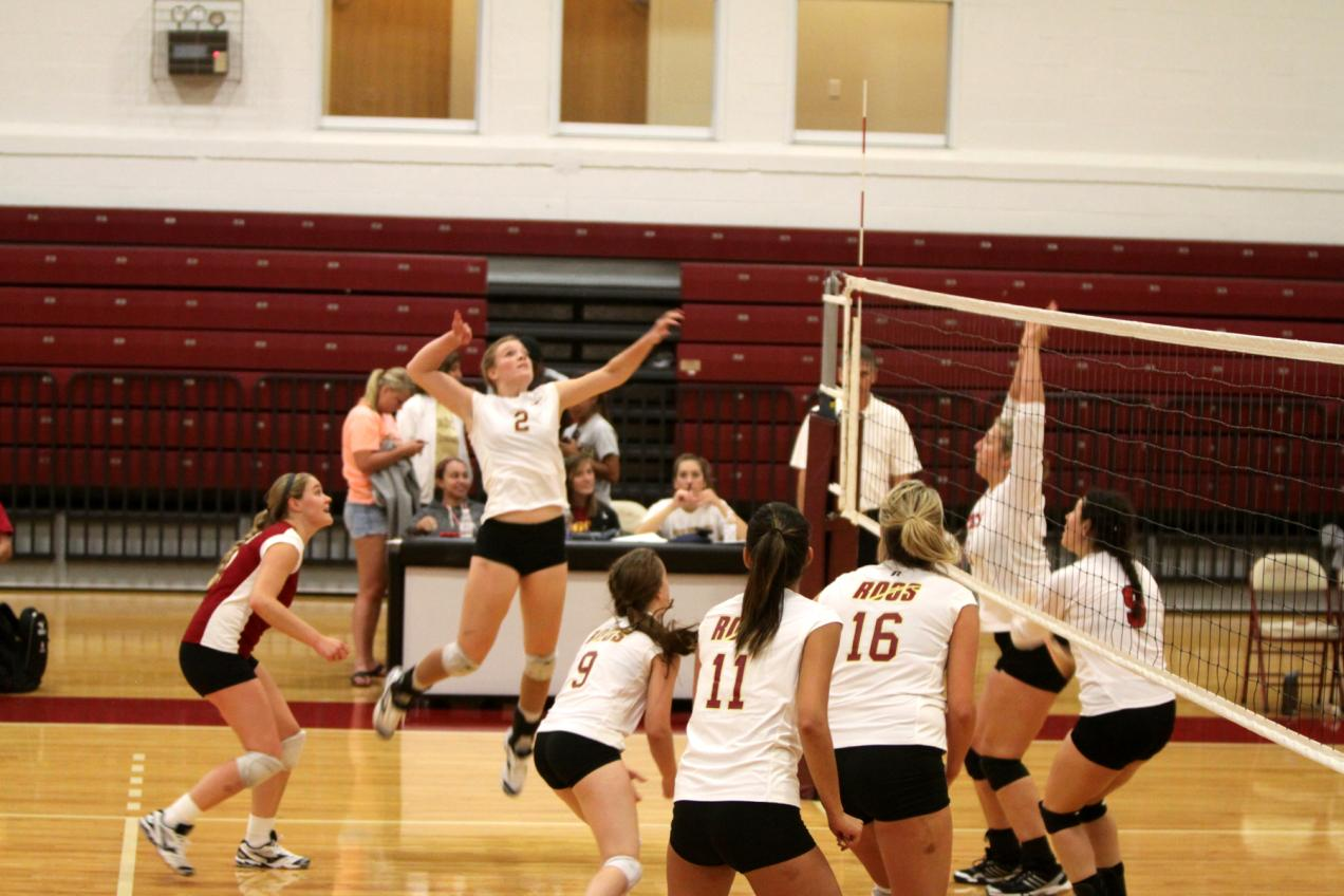 'Roo Volleyball Sweeps Centenary and Dallas