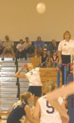 Endicott Sweeps Roger Williams to Remain Undefeated in CCC Play