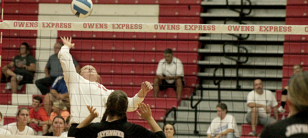 Olivia Hermiller makes an attack. Photo by Nicholas Huenefeld/Owens Sports Information