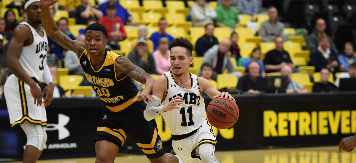 "Pair of 3-1 Teams Battle in America East Basketball on Monday Evening; Retrievers, Hawks Shot ""Lights Out"" in Saturday Routs"