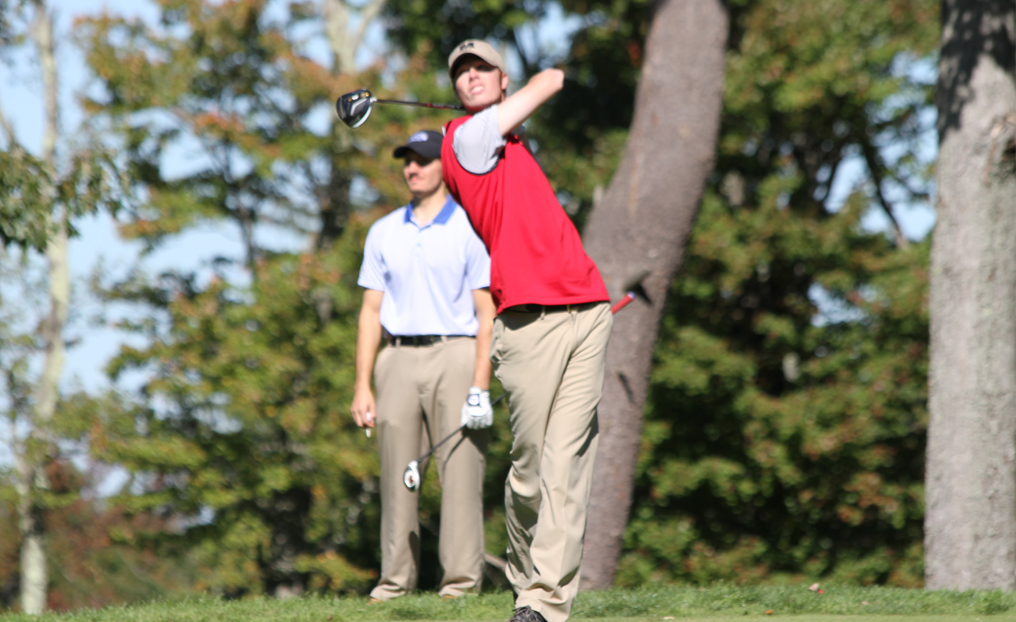 Golf Finishes Second at Saints Invitational