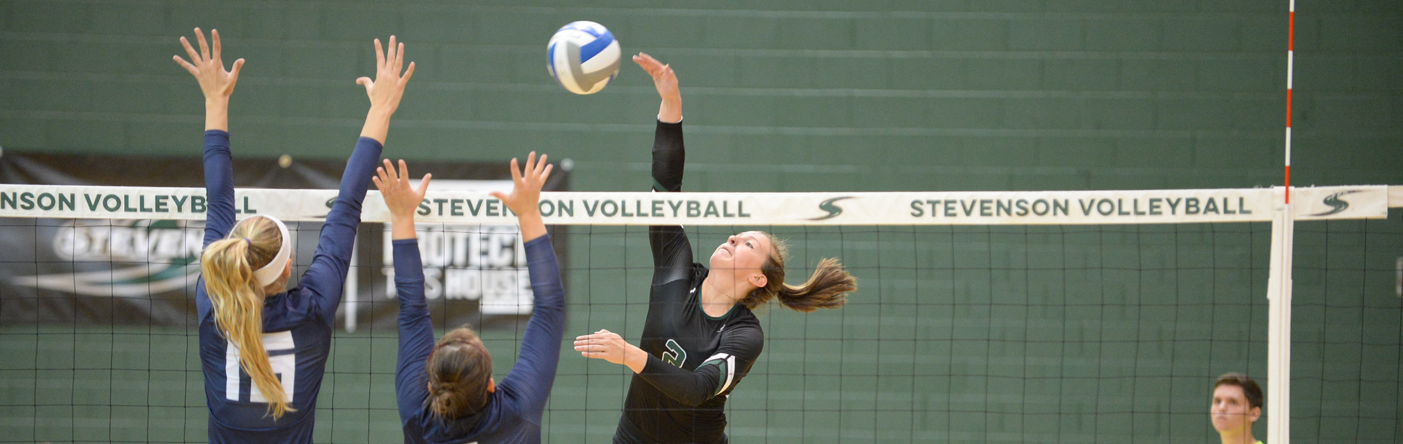 Women's Volleyball Rallies From Two Down to Remain Unbeaten