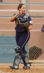 Cal State Fullerton Closes Out Homestand With Pair of Doubleheaders