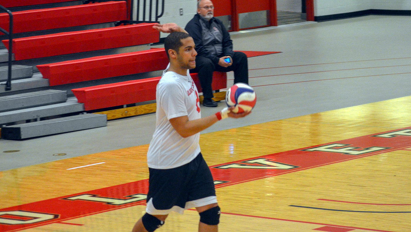 Men's volleyball team falls in straight sets at Lawrence Tech