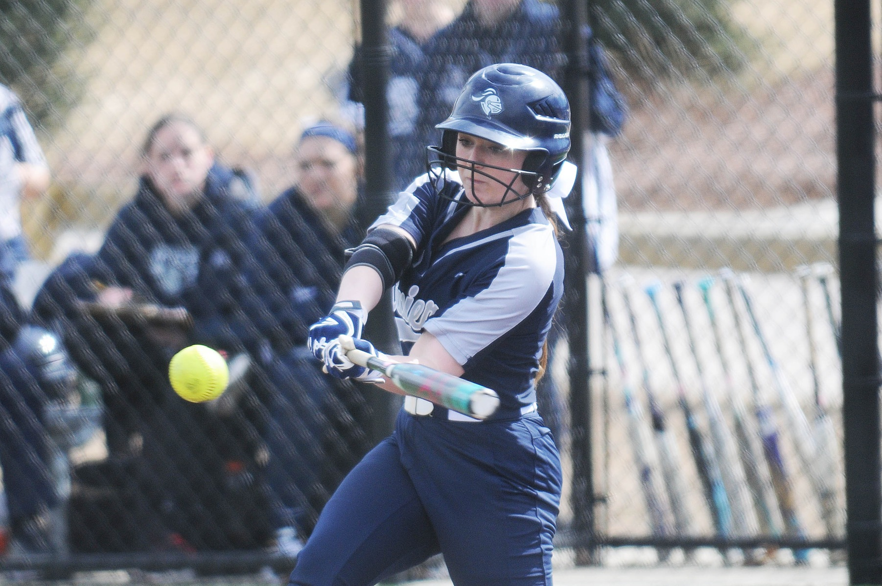 Softball: Raiders split double header with Pride.