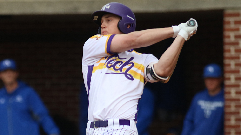 Strohschein joins OVC's 300-hit club, Golden Eagles fall to EIU in series finale