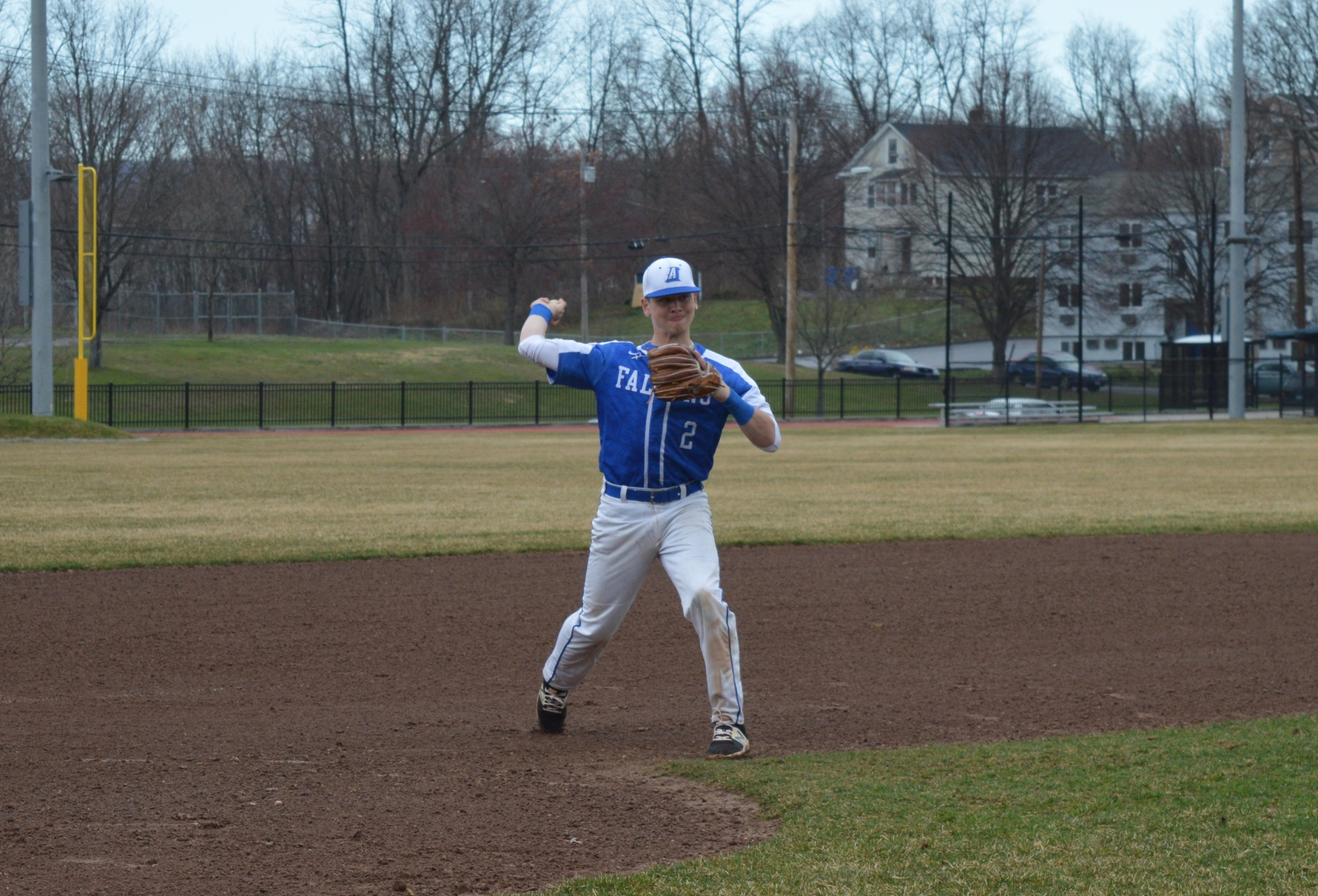 Baseball Splits Non-Conference Twinbill at Mount St. Mary's