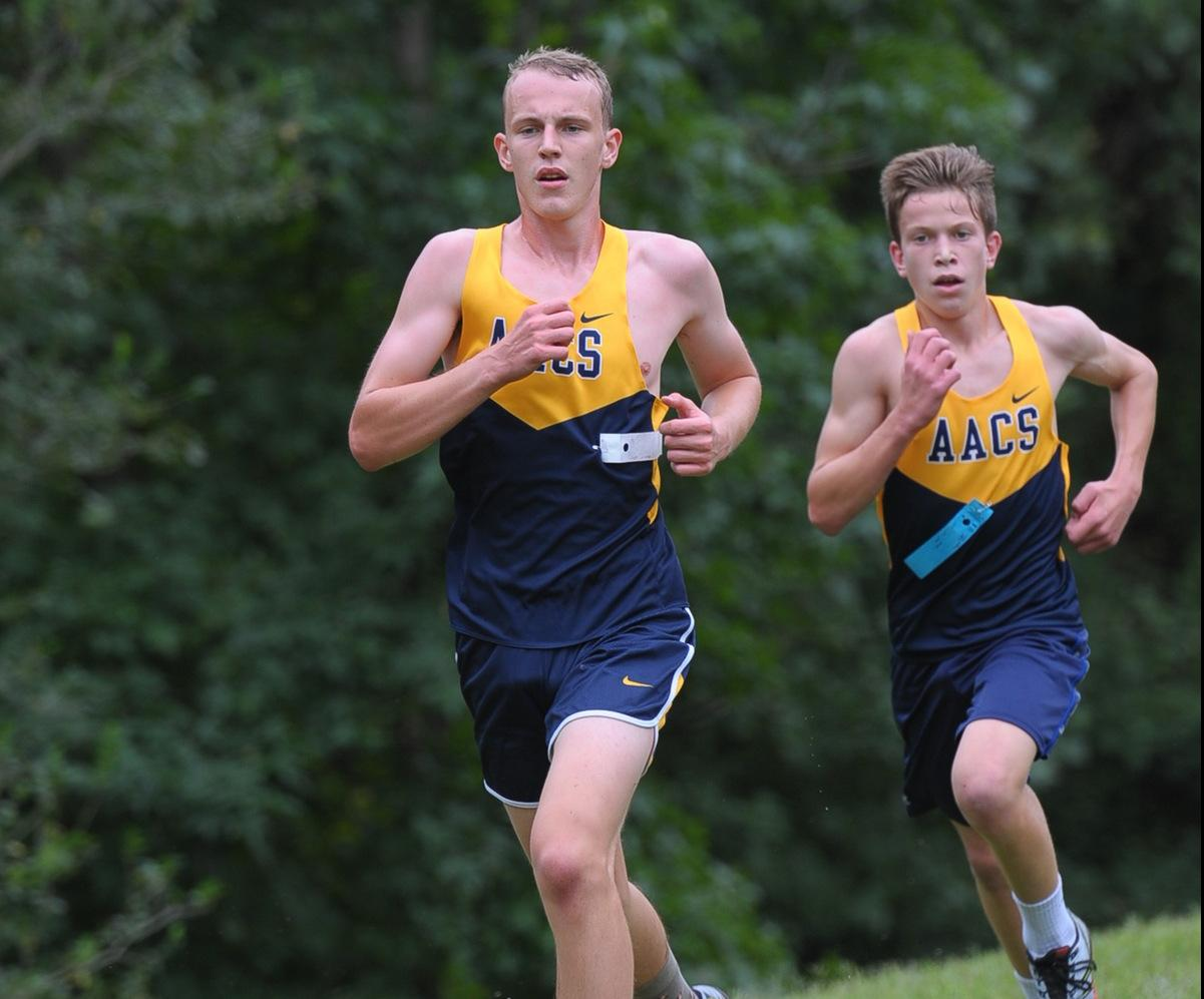 Boys Cross Country Defeats St. Mary's 28-30