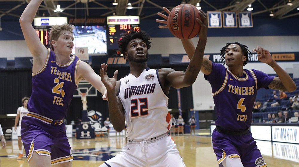 Golden Eagles can't shake slow start in road loss at UT Martin