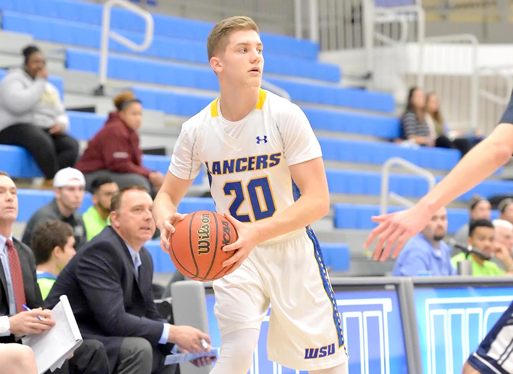 Men's Basketball Suffers 101-52 Loss to No. 7 Babson