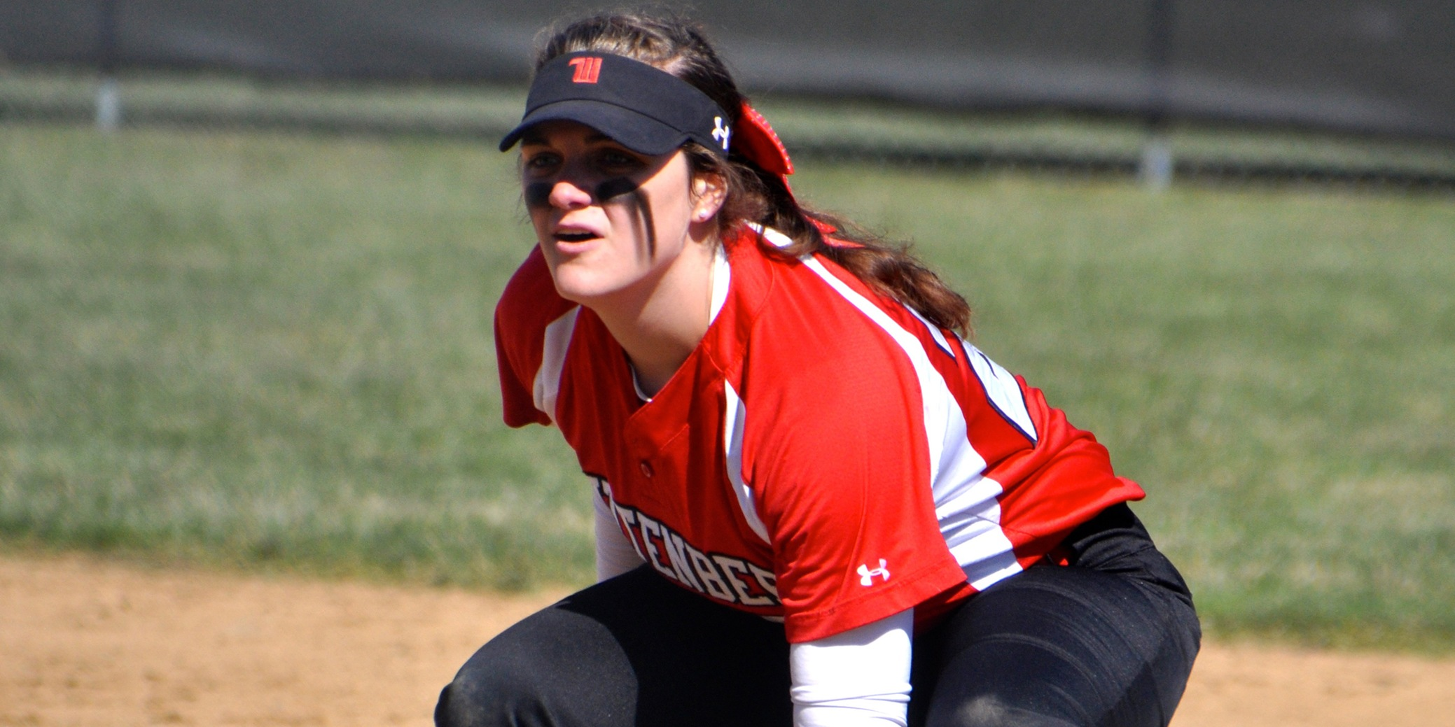 Tigers Sweep Gators in NCAC Opener