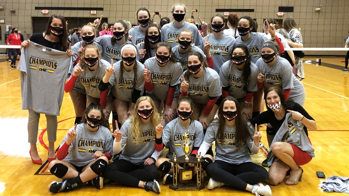 Otterbein Volleyball Wins OAC Tournament Tile