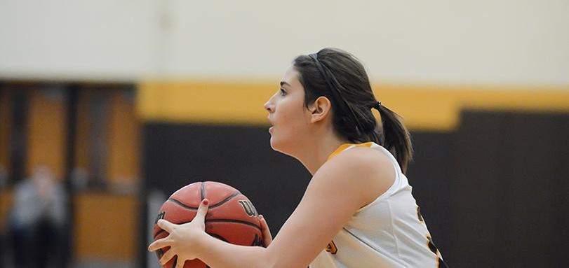 Colombo's Game Winning Three Lifts Women's Basketball Past Heidelberg in Overtime