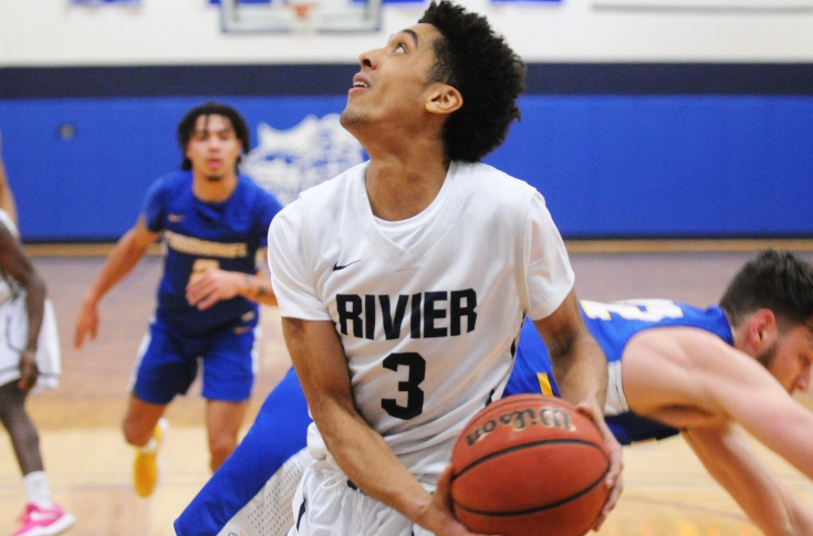Men's Basketball: Raiders fall at Norwich
