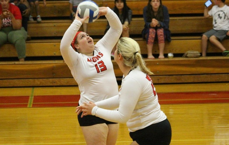 Women's Volleyball Falls at League-Leading Roger Williams Saturday