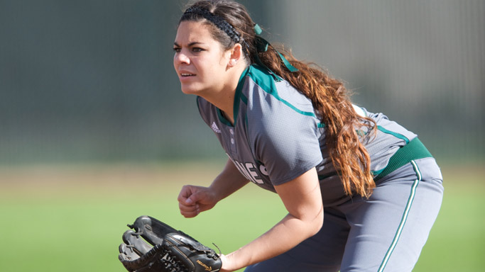 SOFTBALL FALLS AT FRESNO STATE, 5-1