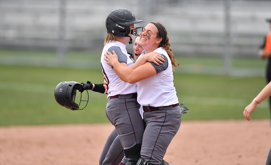 Maroon Softball Scores Dramatic Game One Win in Doubleheader Split with Kalamazoo