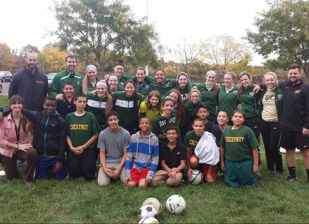 Women's Soccer Hosts Clinic at Local Middle School