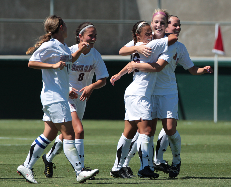 The team celebrates a goal by Anessa Patton  (Don Jedlovec Photo)