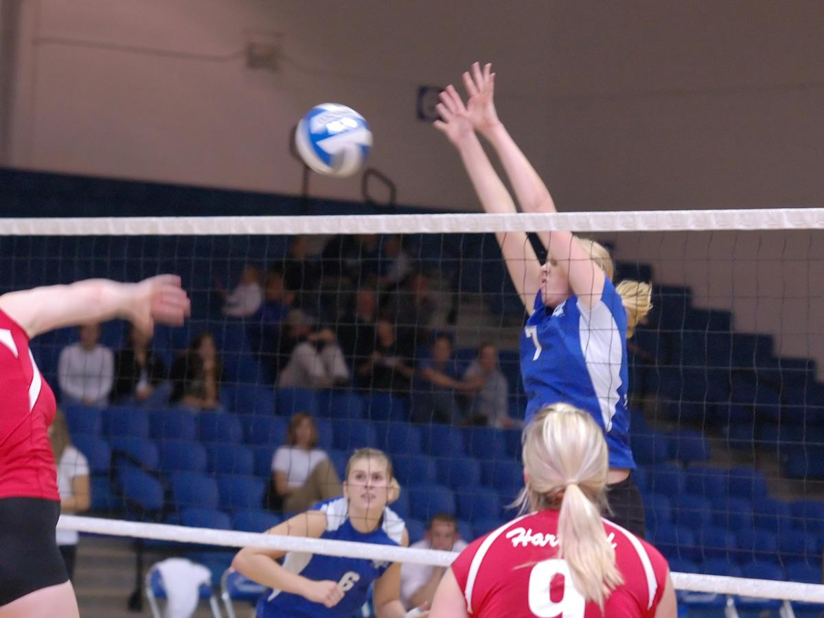 Blue Devils Fall to URI in Five Sets