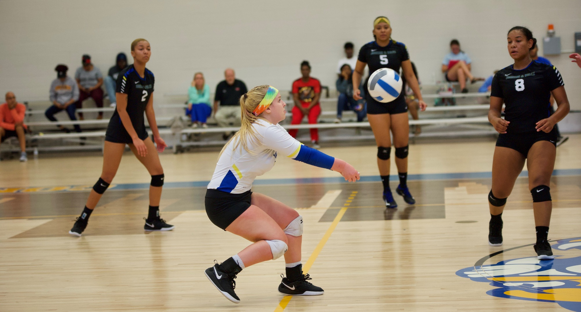 Volleyball Takes Down NC Wesleyan At Home