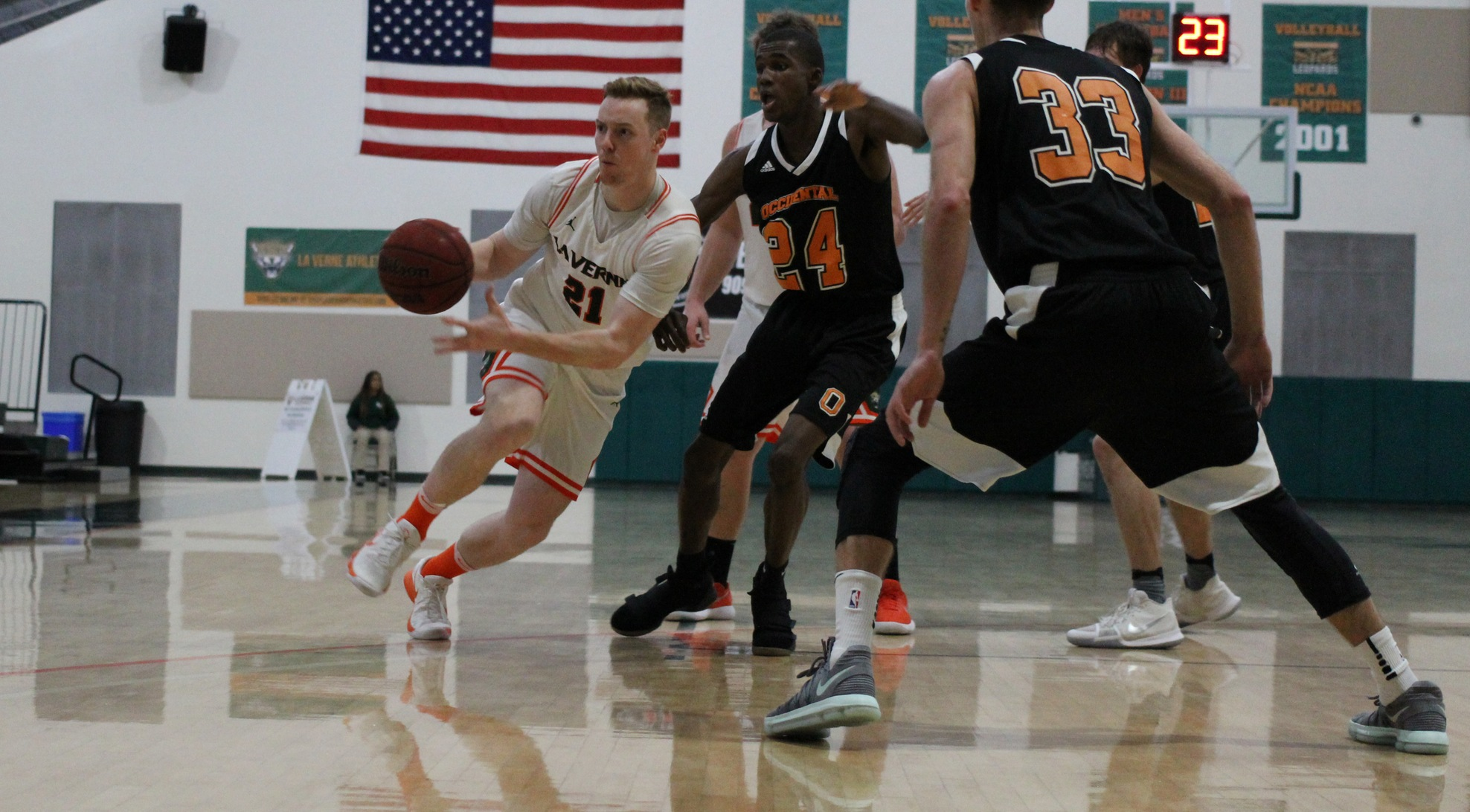 Tigers edge Leopards at home