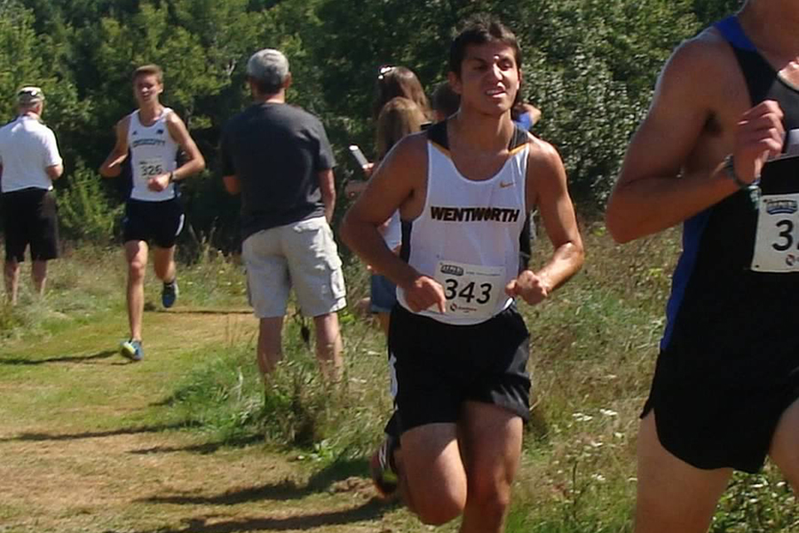 Cross Country Places Second at UNE Invitational