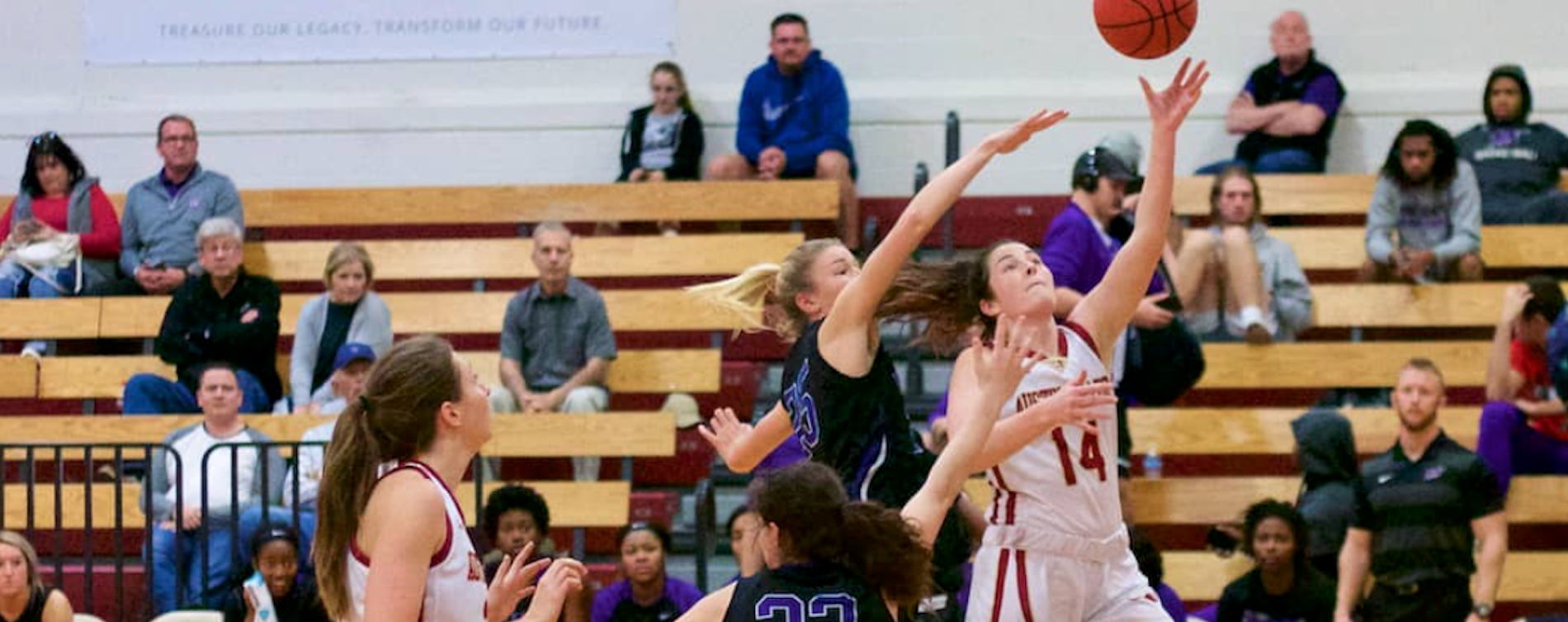 Women's Hoops Earns Road Win Over Lynx