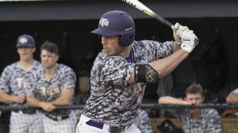 Bats pound out 19 hits in Tech's 14-6 victory in OVC opener at UT Martin
