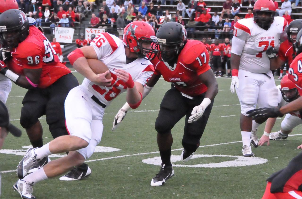 Football: Chambers selected to D3football.com Team of the Week