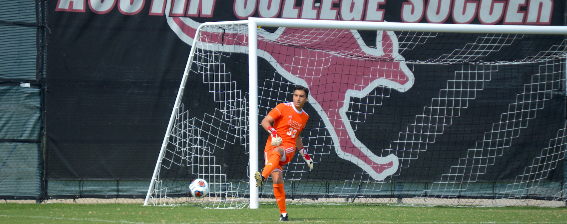 Men's Soccer Battles to Draw with LeTourneau