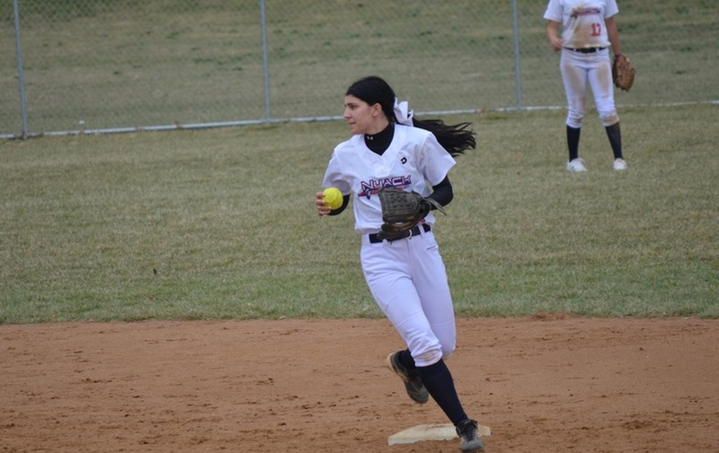 Softball Earns First Season Win on Day Two of Their Spring Break Trip