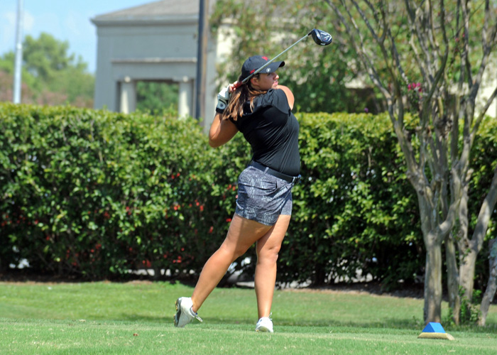 Sophomore Katelyn Gilmore shot a 4-over-par 77 on Sunday in the opening round of the Montgomery Country Club Women's Intercollegiate. Gilmore is tied for fourth and teammate LeeAnn Cahoon is third with a 3-over 76.