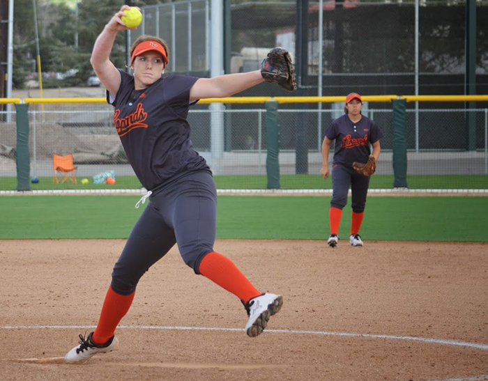 Softball rescues split against Redlands