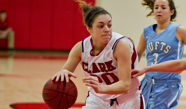 Cougars Can't Keep Pace With WPI, 74-53