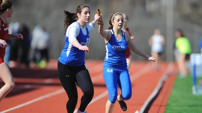 Women's Track Competes at New Hampshire